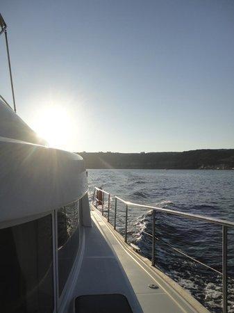 Santorini Sailing : Sailing away...