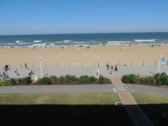 Best Western Plus Virginia Beach: Never got tired of this view