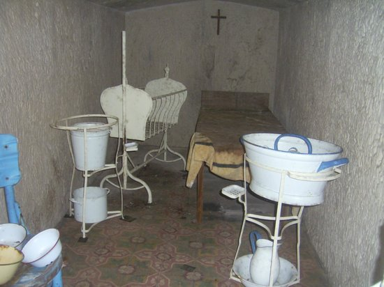 Mellieha Air Raid Shelter: One of the rooms in the shelter