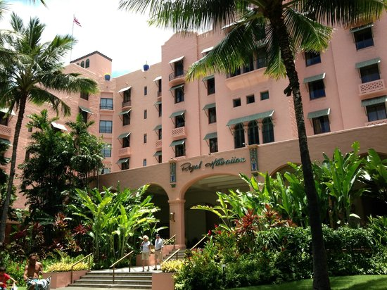 The Royal Hawaiian, a Luxury Collection Resort: RHH garden entrance