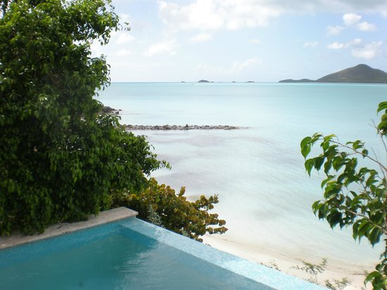 Cocobay Resort: view from our seafront pool cottege