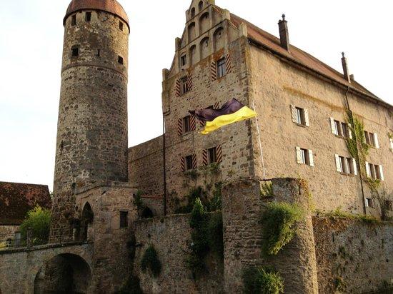 Burgoberbach, Deutschland: Castle exterior