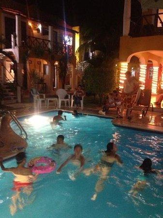 El Acuario Hotel: hotel el acuario playa del carmen