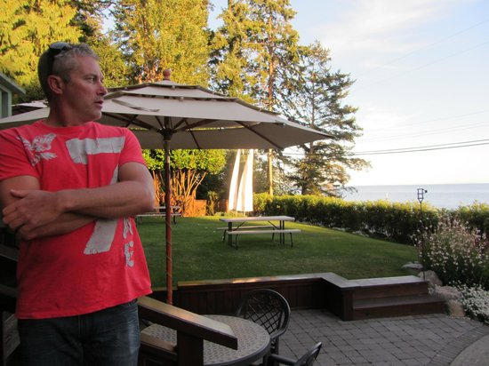 Chasters Restaurant: Our Californian visitor enjoying the view over the Straits before heading in for dinner on a cas