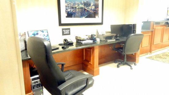 Hampton Inn Washington: Business center