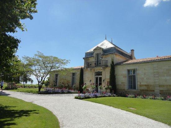 Château Cordeillan-bages : The Chateau building