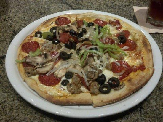 California Pizza Kitchen: Combo Pizza