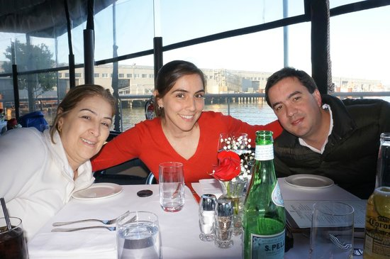 Waterfront Restaurant and Cafe: Best meal ever!