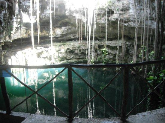 Hacienda San Lorenzo Oxman: Cenote