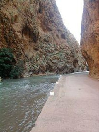 Morocco Travel Land Day Tours: gorge tudra