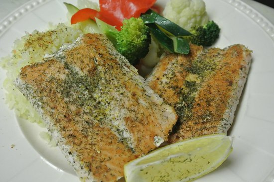 Veky's International Cuisine: Dill Salmon