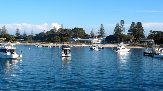 Rottnest Island Visitor Centre: Welcoming view Rottnest