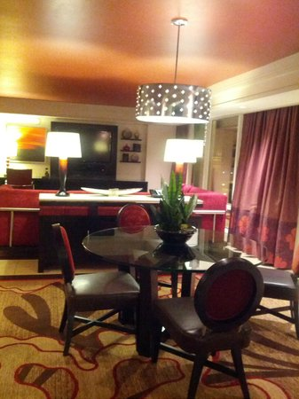 One Bedroom Tower Suite Strip Volcano View Picture Of The Mirage Hotel A