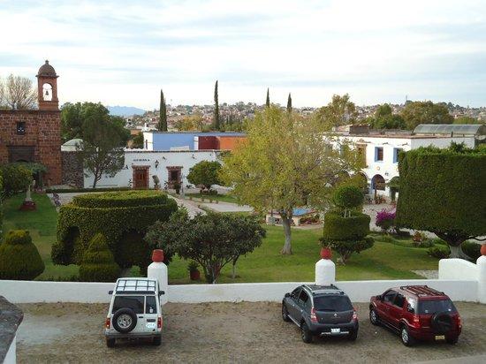 Los Agaves Hotel: jardín