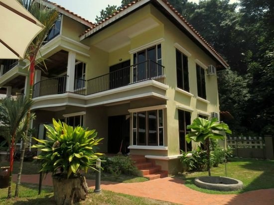 Anjungan Beach Resort: Deluxe room