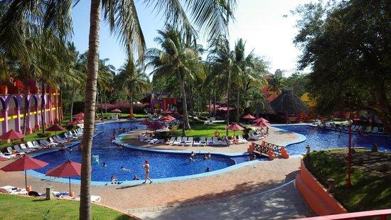 Royal Decameron Complex : adult pool