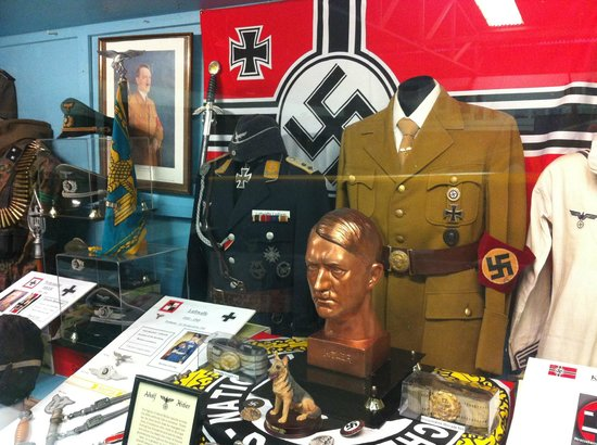 Nazi Memorabilia, Conspiracy Theorists & More: A First-Hand Gun ...