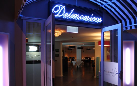 Delmonico's Bistro & Wine Bar: Welcome to Delmonico's