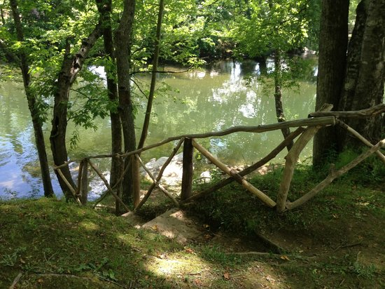 Camp Townsend : Stairs to the River!