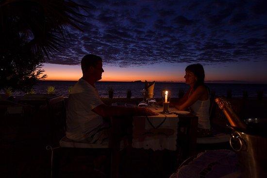 Amporaha Resort: Gastronomie