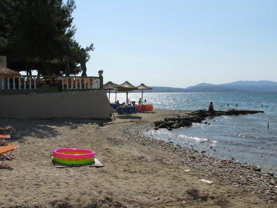 Hotel Simeon: Beach 3
