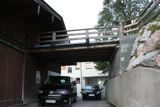 Jausenstation Pfefferbauer: house for hay, still same building where we slept