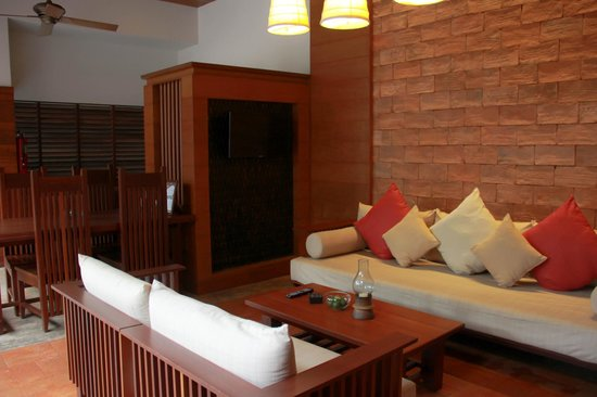 Malisa Villa Suites: Living Area