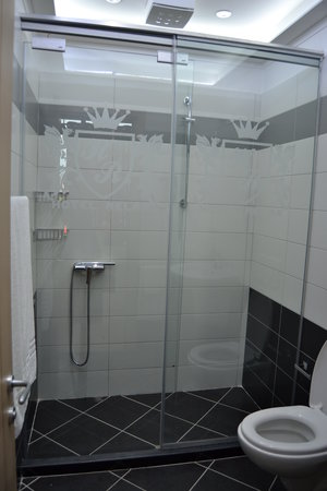 Hotel Relax: Bathroom
