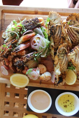 Qualia Resort: Hot Seafood Platter at Pebble Beach