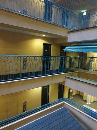 Hotel Villa Fontaine Nihombashi Hakozaki: Lobby
