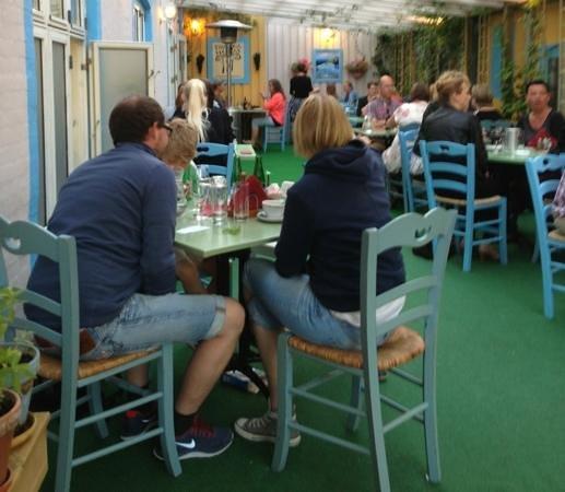 Taverna Hellas: Προσθήκη λεζάντας