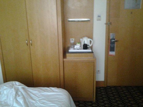 Furama City Centre : room