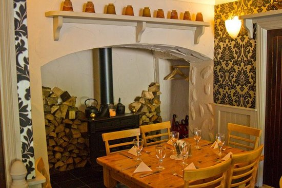 Dylan restaurant : The fireplace