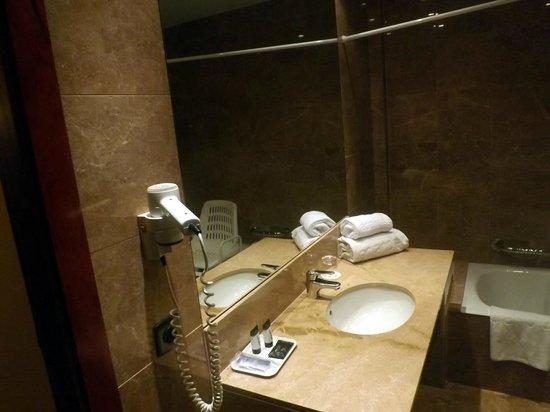 Hotel Acta Splendid: particolare bagno