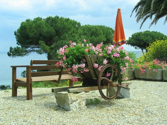 Resort Capo Bianco: dintorni Residence