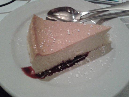 Annie Moore's Bar & Restaurant: New York Cheesecake
