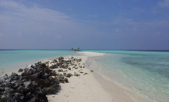 Asdu Sun Island: l'atollo