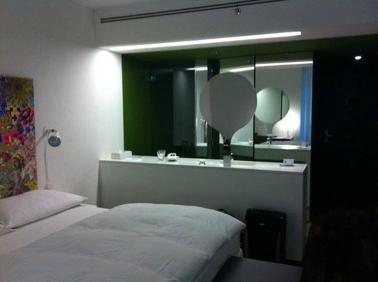 City Garden Hotel : Chambre