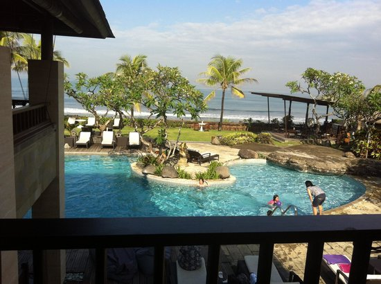Grand Balisani Suites: Views at breakfast