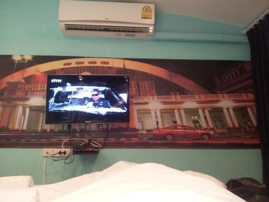 Hotel California: Room Hua Lamphong