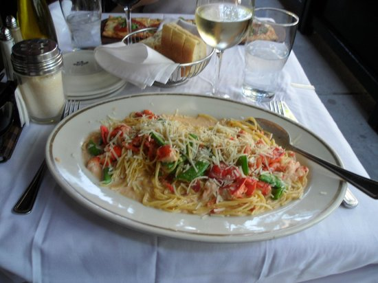Maggiano's Little Italy: Lobster Spagetti with tons of cream