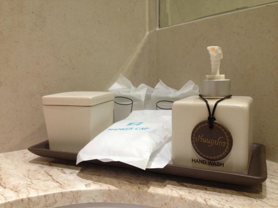 Baan Narupakorn: Bathroom Amenities
