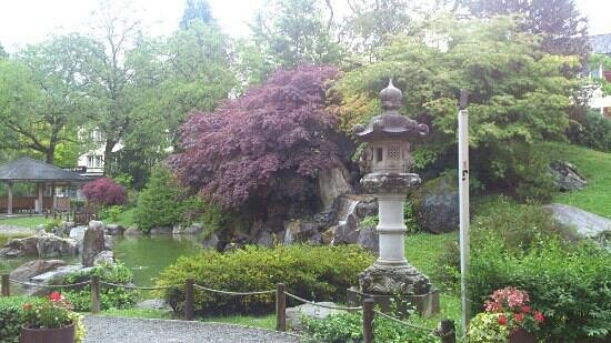 Taverne - most beautiful asian garden - Picture of Restaurant ...