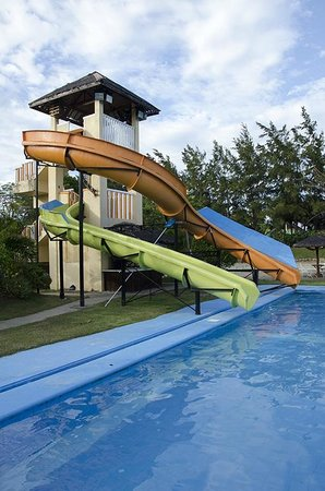 Golden Sunset Village Resort & Spa: Water Slide