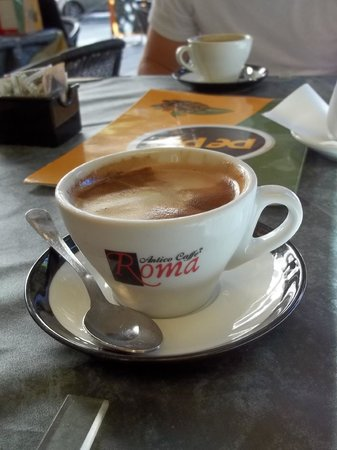 B&B Domus Diana : Nice caffe served each morning - nice surprise !!