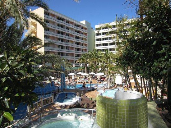 Piscina bild fr n ifa buenaventura hotel playa del for Piscina playa del ingles