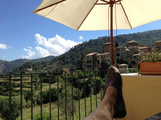 Es Petit Hotel de Valldemossa: Ausblick von der eigenen Terrasse (Zimmer 2)
