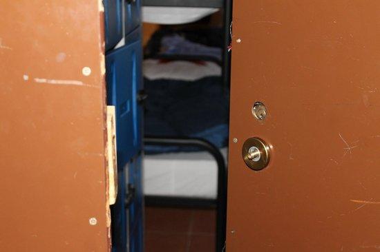 Hostel California: Door with no lock or handle