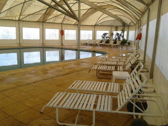 Hotel Quirinale: piscina cubierta
