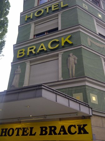 Hotel Brack : Brack is clean, comfortable and well located